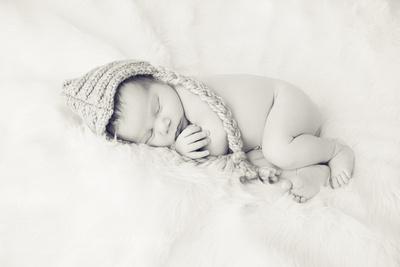 newborn photography in Rockville MD, newborn photographer in Rockville MD